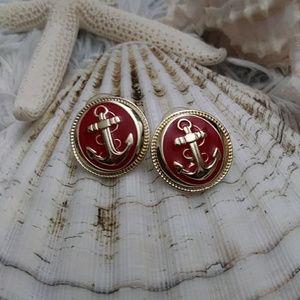 Vintage pair earrings